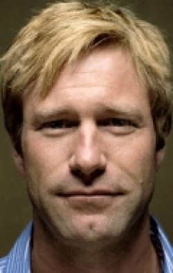 Aaron Eckhart - wallpapers.