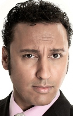 All best and recent Aasif Mandvi pictures.