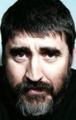 All best and recent Alfred Molina pictures.