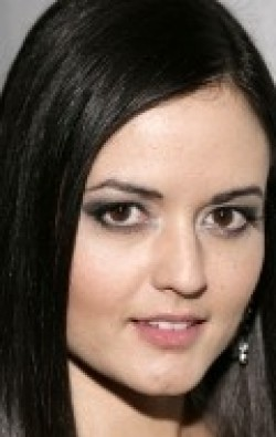 All best and recent Danica McKellar pictures.