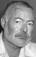 Ernest Hemingway - wallpapers.