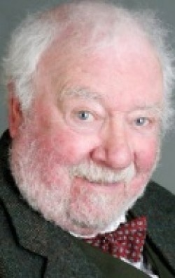 All best and recent Freddie Jones pictures.