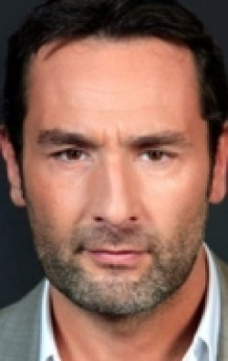 Gilles Lellouche - wallpapers.