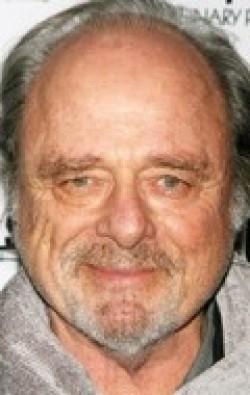 Recent Harris Yulin pictures.