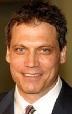 Holt McCallany - wallpapers.