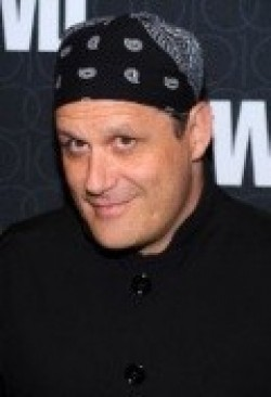 Isaac Mizrahi - wallpapers.