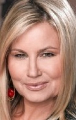 All best and recent Jennifer Coolidge pictures.