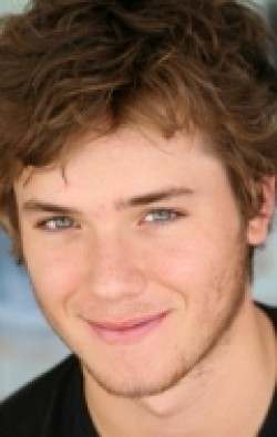 All best and recent Jeremy Sumpter pictures.