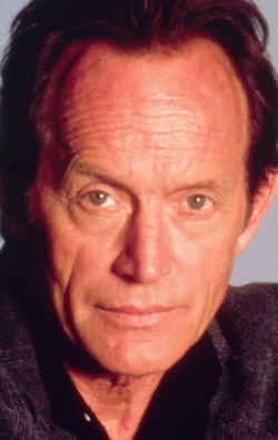 All best and recent Lance Henriksen pictures.