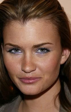 Actress Lauren Hill, filmography.