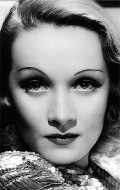 Marlene Dietrich - wallpapers.