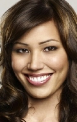 All best and recent Michaela Conlin pictures.