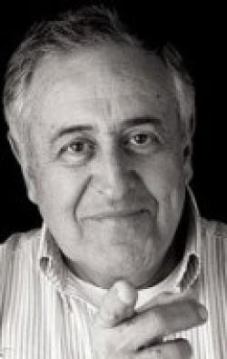 Actor, Director, Writer, Producer Nicolau Breyner, filmography.