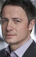 All best and recent Oliver Milburn pictures.