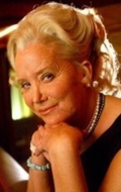All best and recent Sally Kirkland pictures.