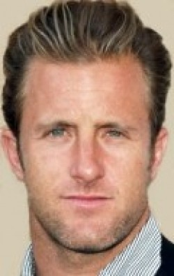 Recent Scott Caan pictures.