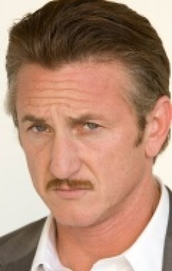 Recent Sean Penn pictures.