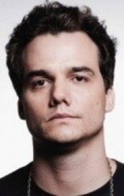 All best and recent Wagner Moura pictures.