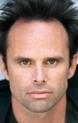 All best and recent Walton Goggins pictures.