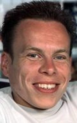 All best and recent Warwick Davis pictures.