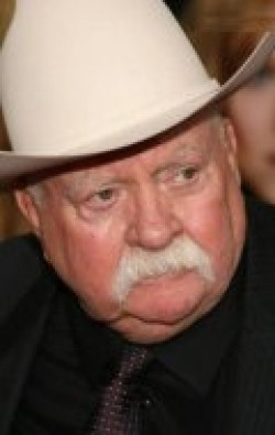 Wilford Brimley - wallpapers.