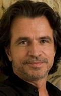 All best and recent Yanni pictures.