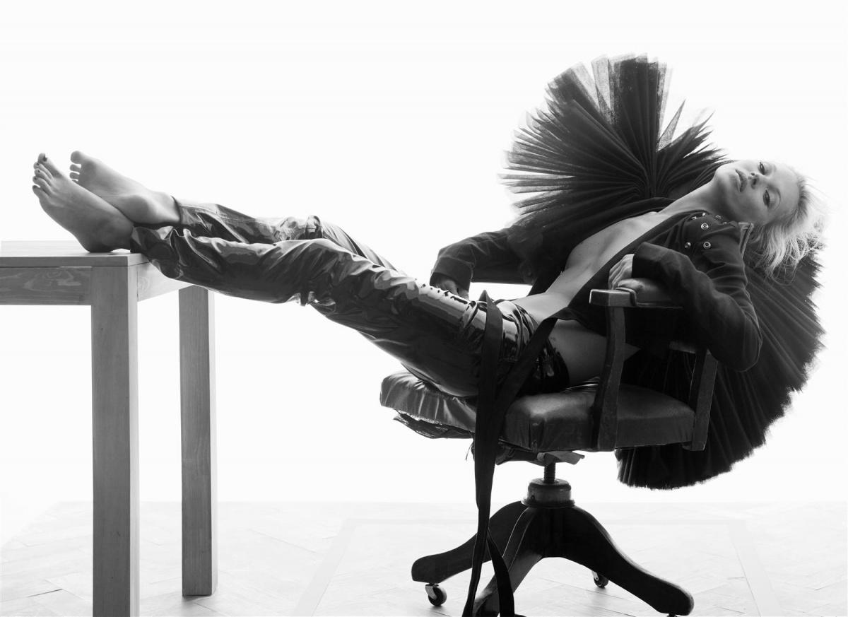 Photo №19562 Kate Moss.