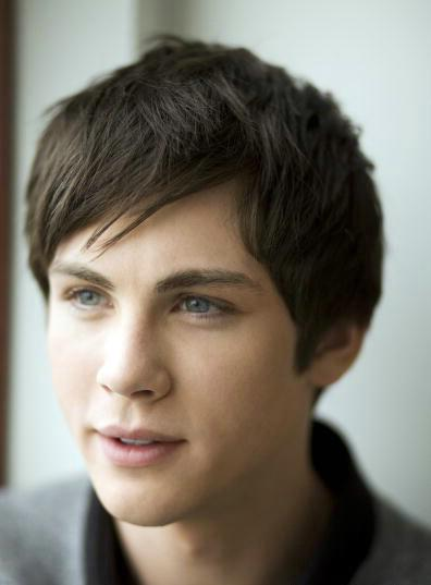 Photo №17137 Logan Lerman.