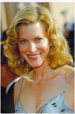 Recent Anna Gunn photos