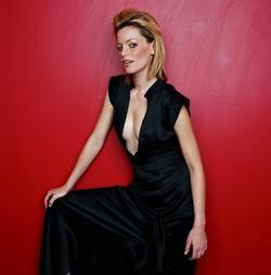 Recent Elizabeth Banks photos