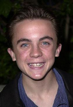Recent Frankie Muniz photos