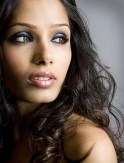 Recent Freida Pinto photos