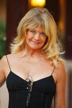 Recent Goldie Hawn photos