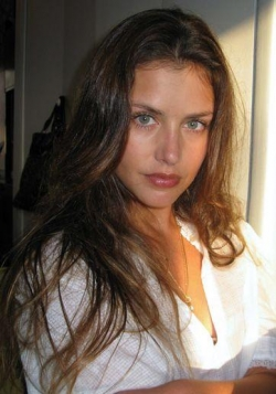 Recent Hannah Ware photos