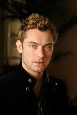 Recent Jude Law photos