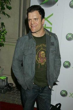 Recent Kevin Weisman photos