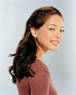 Recent Kristin Kreuk photos