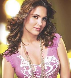 Recent Lara Dutta photos