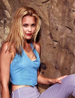 Recent Leslie Bibb photos