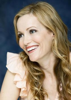 Recent Leslie Mann photos