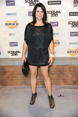 Recent Neve Campbell photos
