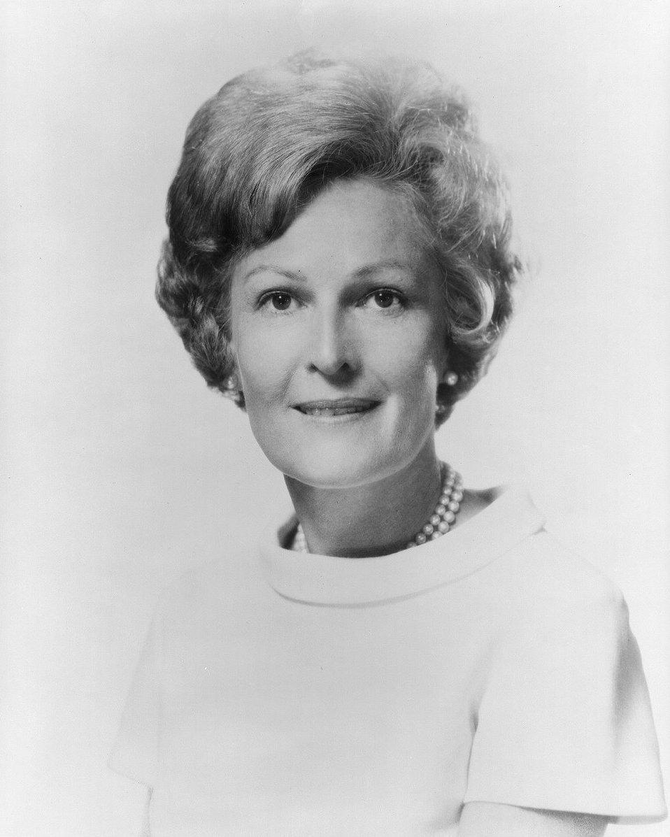 Recent Pat Nixon photos