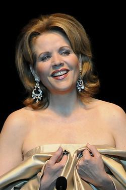 Recent Renee Fleming photos