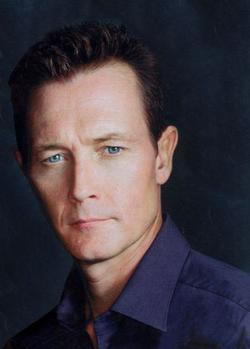 Recent Robert Patrick photos