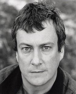 Recent Stephen Tompkinson photos