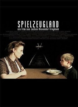 Spielzeugland pictures.